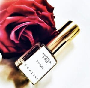 Amorem rose sample perfume