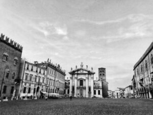 mantua main square