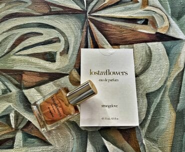 Lost in Flowers Strangelove NYC (2018) Perfume Review: Lost, in Love, and Found Again