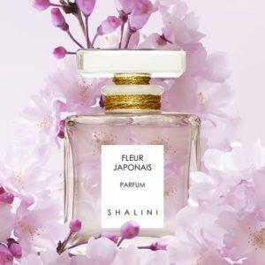 Fleur Japonais Shalini Parfums Bottle With Flowers